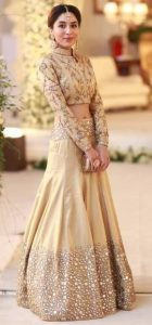 lehenga choli for mehendi function