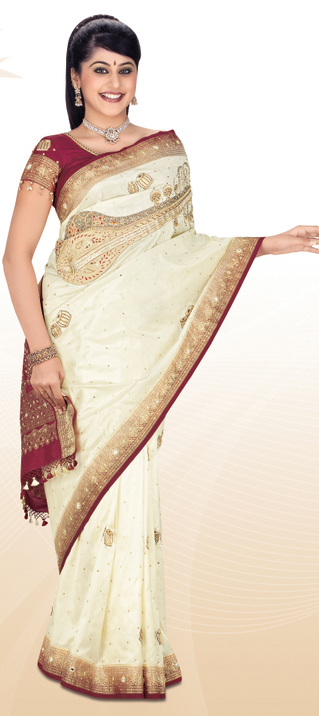 A Look Into Some of the Famous Saree From India