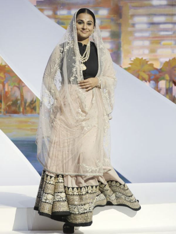 INDIAN DESIGNERS DEFINE THE 'INDIANWEAR'