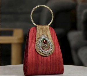 The Importance Of Designing A Bridal Handbag For An Auspicious