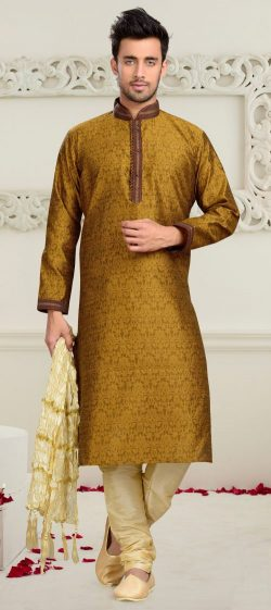 DISCOVER A NEW YOU WITH THESE MEN'S KURTA PAJAMAS