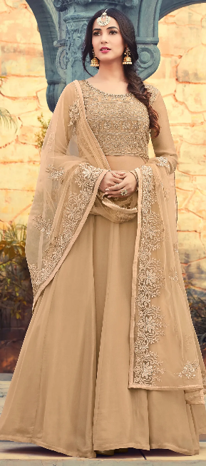 LET YOUR WARDROBE SPEAK OF YOUR IMPECCABLE TASTE WITH THESE ANARKALI SALWAR KAMEEZ