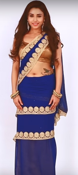 HOW TO WEAR MUMTAZ STYLE SAREE IN ONE MINUTE