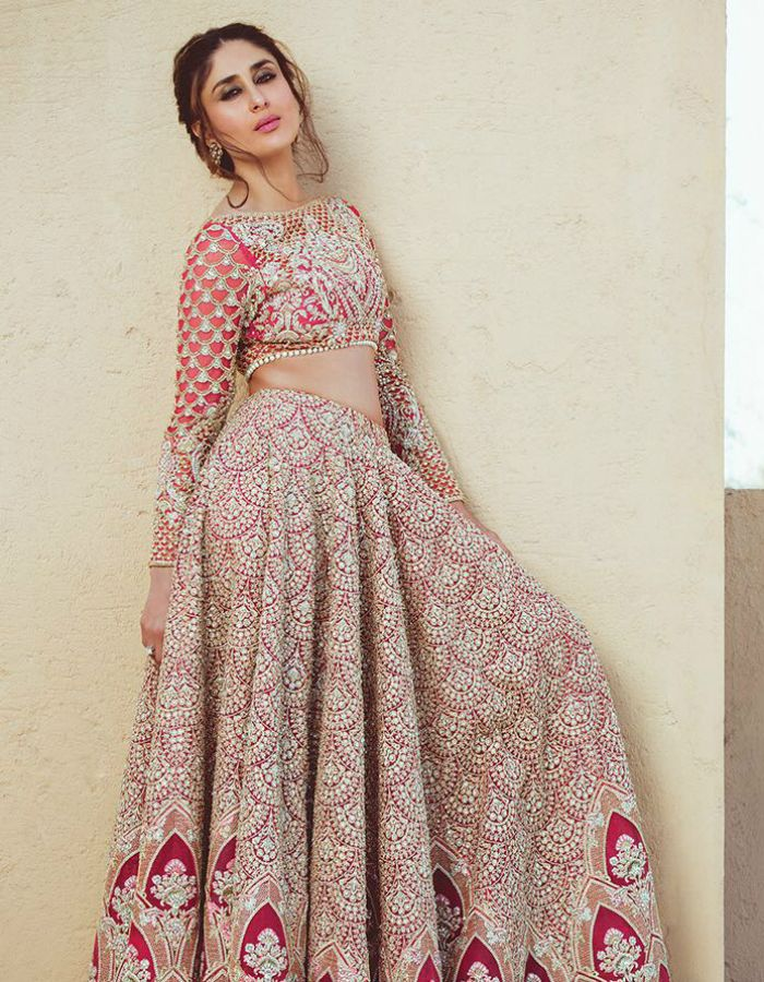 Make any wedding perfect in summer with kareena kapoor's Indian outfits