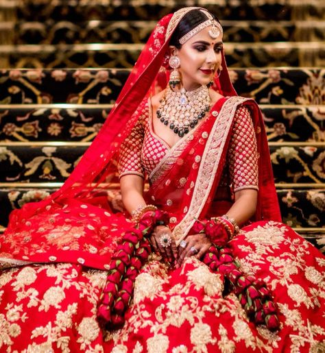 Sabyasachi Lehenga – The dream of every bride for her D-day!