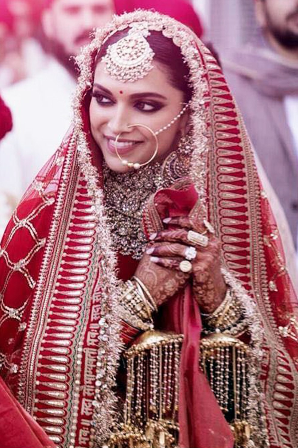Deepika Padukone Wedding Lehenga – What made it the most searched wedding lehenga of 2019?