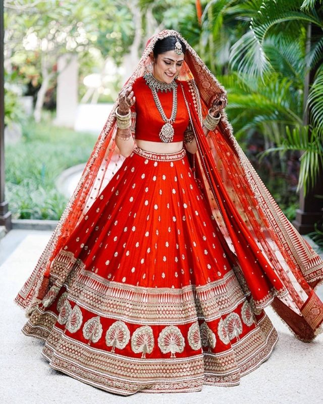 Deepika Padukone Wedding Lehenga - What made it the most ...