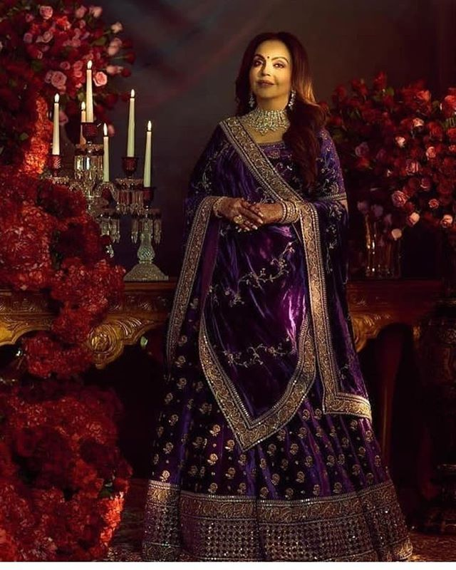 Traditional Indian Wedding Dresses for Bride's Mother