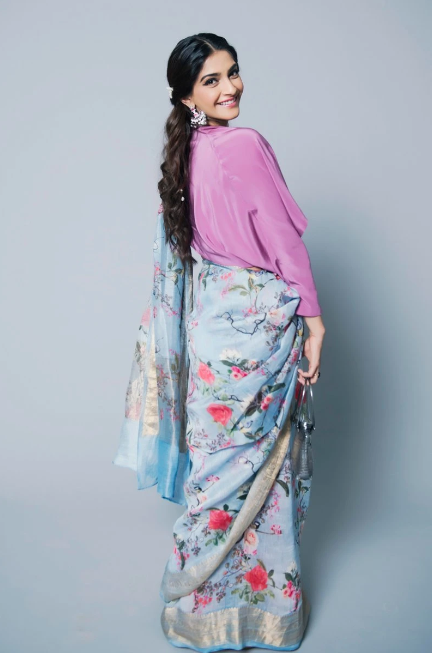 Show Your Simple Yet Stylish Side With These Printed Sarees